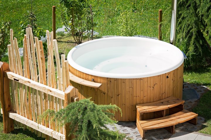 How Hot Tubs Can Improve Your Health